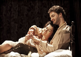 The Duchess (Eve Best) and Antonio (Tom Bateman) (c) Old Vic